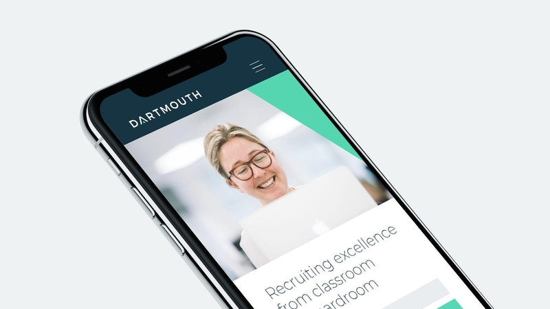 Dartmouth i Phone X 01